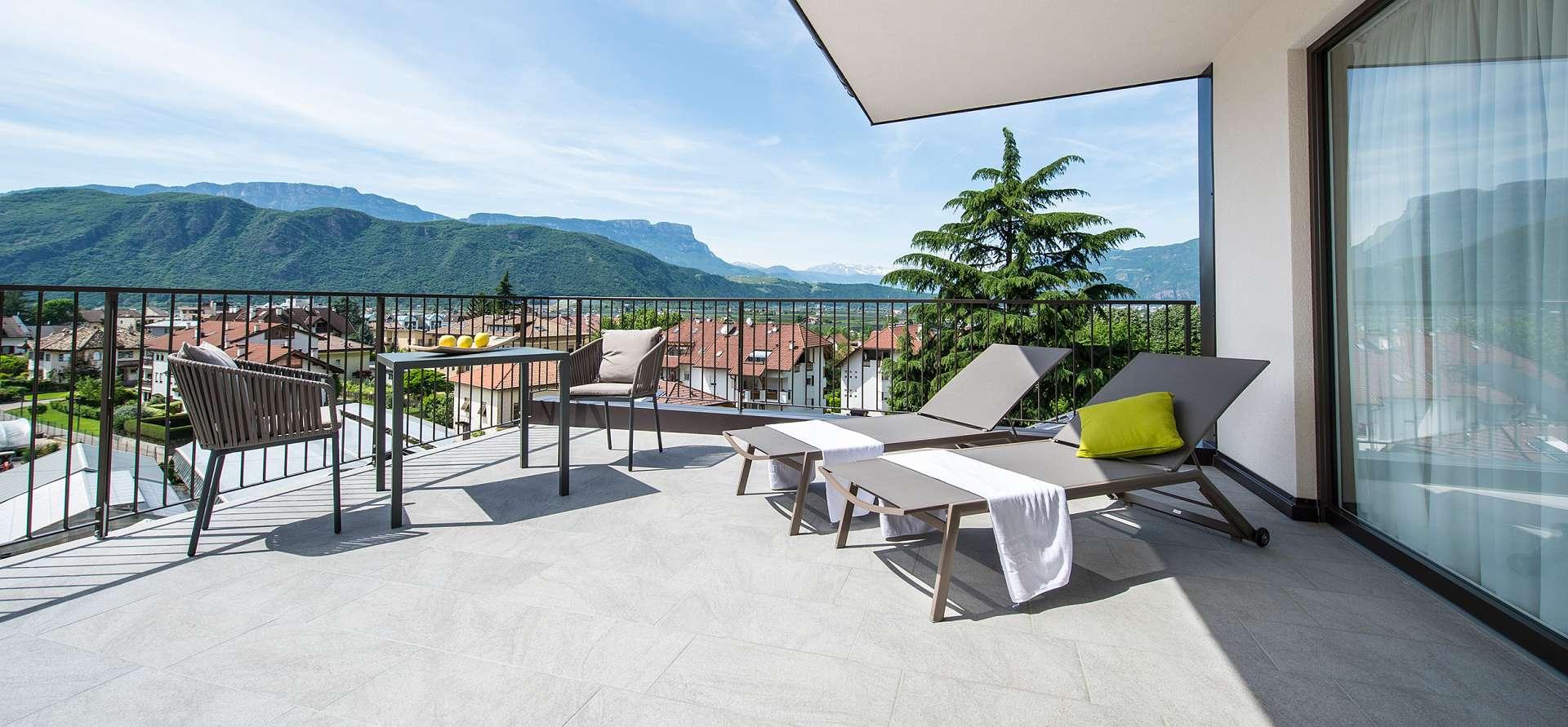Panorama Terrasse Hotel Bozen: 250 Sonnentage für Ihre Südtirol Ferien in Bozen